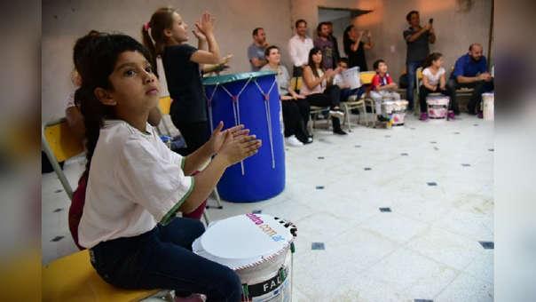 La música puede ayudar mucho en el desarrollo de los niños.