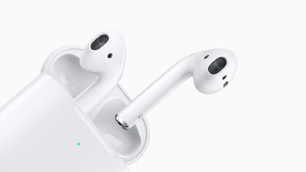 Los AirPods de Apple han generado un nuevo mercado en el sector de los audífonos inalámbricos
