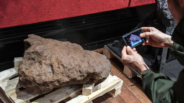 FRANCE-SCIENCE-METEORITE-AUCTION