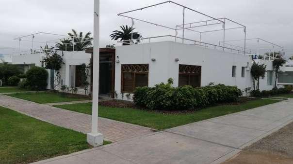 Casa de playa de Roxanne Chessman, expareja de Alan García.