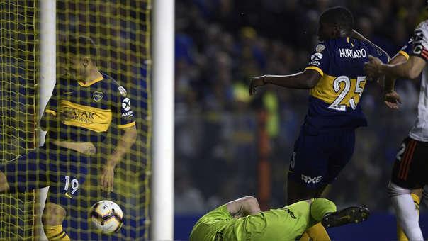¡Se pone emocionante! Jan Hurtado anotó el 1-0 a favor de Boca Juniors ante River Plate en la Bombonera