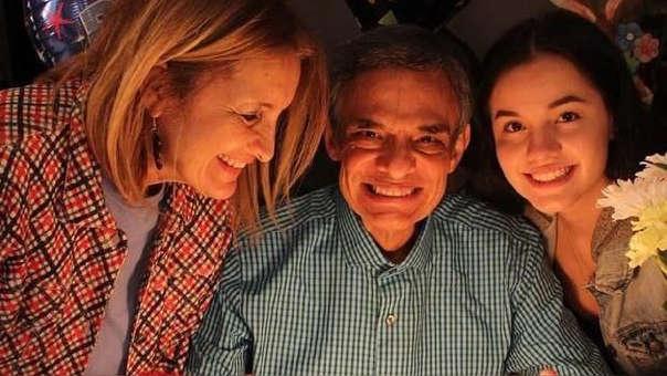 José José junto a su hija 'Sarita' y su esposa Sara Salazar.