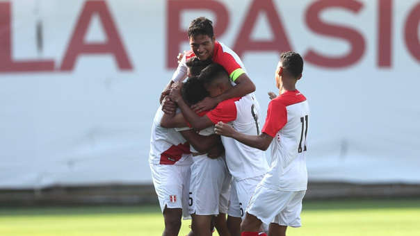 Selección Peruana Sub 15 es dirigida por Edgar Teixeira