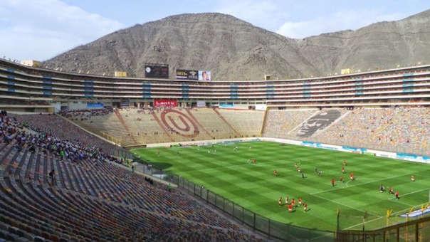 Universitario vs. Ayacucho FC