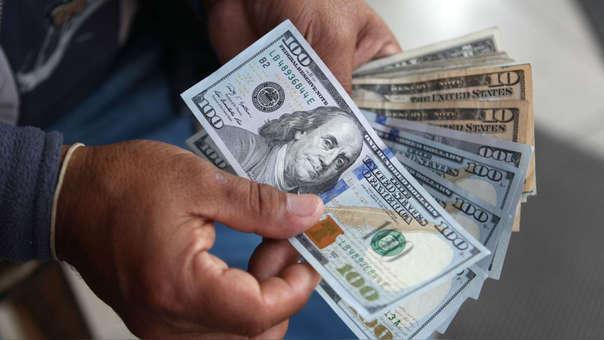 En los últimos doce meses la divisa avanzó 0.54%, de acuerdo con el Banco Central de Reserva.