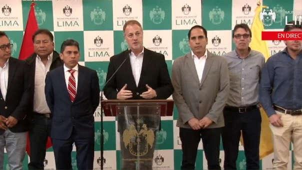 Jorge Muñoz se reunió con empresarios de los corredores.
