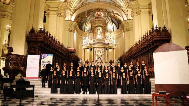 Orquesta Juvenil Sinfonía por el Perú