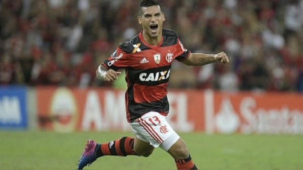 Miguel Trauco se proclamó campeón de la Copa Libertadores tras la victoria de Flamengo
