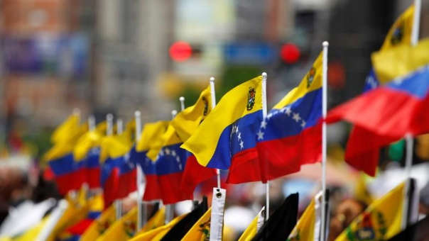 Los migrantes y refugiados venezolanos podrían aportar más de 2,200 millones de soles en ingresos fiscales netos al Perú en los próximos cinco años.