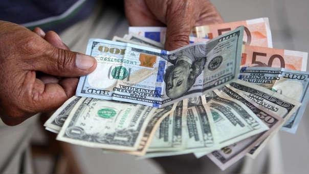 En los últimos doce meses la divisa trepó en 0.18%, de acuerdo con el Banco Central de Reserva.