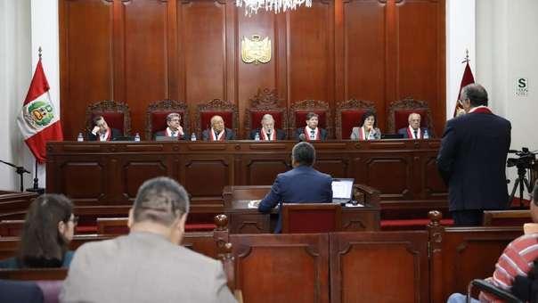 El Pleno del Tribunal Constitucional evaluó el recurso presentado por Pedro Olaechea.