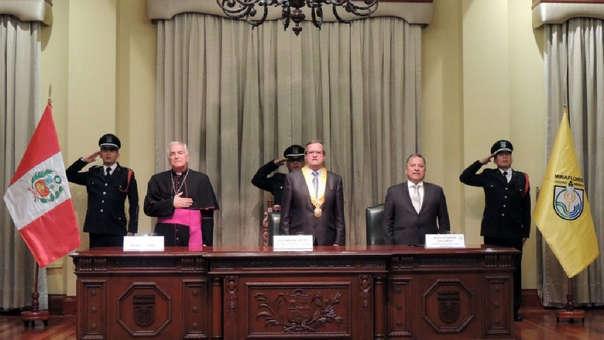 Comité Cívico de Miraflores tomó juramento.