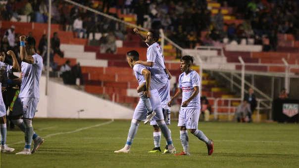 Gol de Reimond Manco elegido entre los mejores de la Copa Libertadores