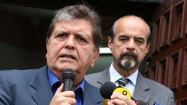 Colaborador eficaz reveló que Alan García pagó 25 mil dólares a un fiscal.