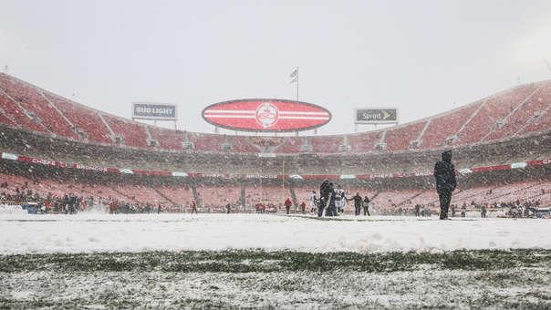 En la NFL: el entrenamiento bajo la nieva más extremo que jamás has visto