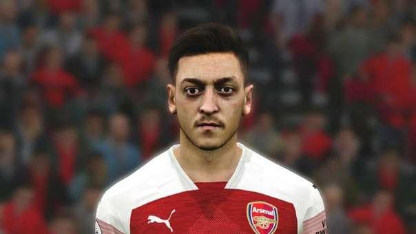 Mesut Özil eliminado de PES 2020.
