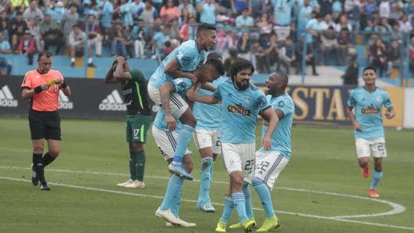 los dos jugadores de Sporting Cristal a un paso de la San Martín