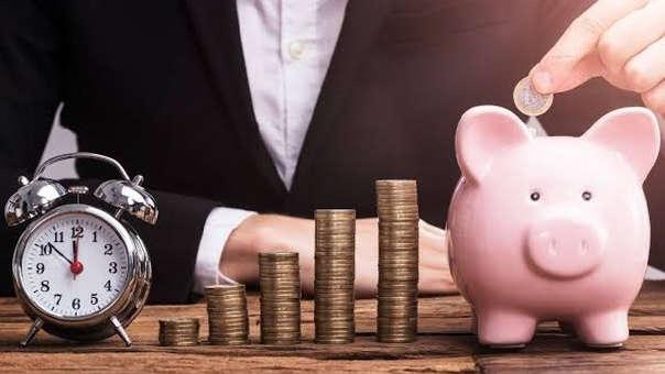 Reduce tus deudas/dolores de cabeza. Aprovecha los primeros días del 2019, visita a varias entidades financieras y mira cuál te ofrece más (menos intereses) por una compra de deuda.