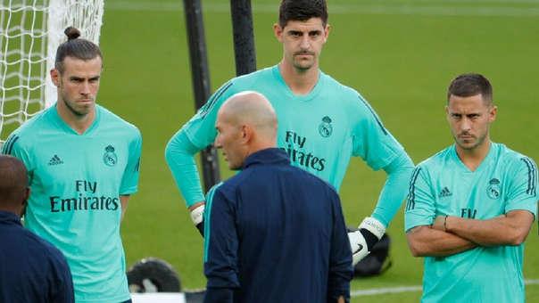 Thibaut Courtois reta a Gareth Bale: