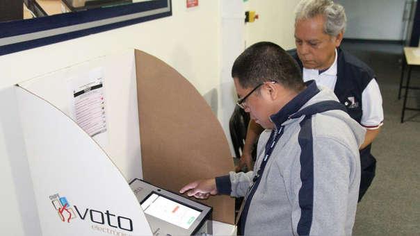 Fuerza Popular critica la aplicación del voto electrónico