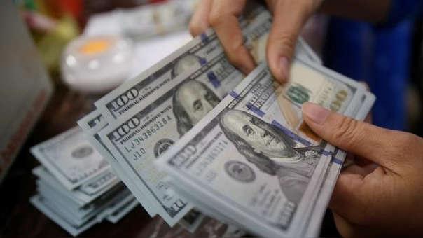 En los últimos doce meses la divisa cayó en 2.05%, de acuerdo con el Banco Central de Reserva.