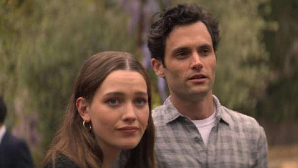 Victoria Pedretti interpreta a Love Quinn en la segunda temporada de