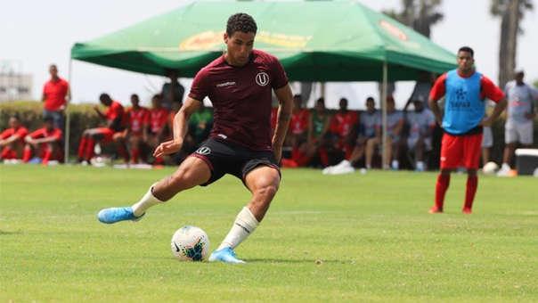 Universitario goleó 3-0 a Agremiados en su primer amistoso de pretemporada