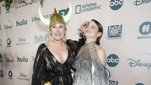 Patricia Arquette y Joey King protagonizaron un cómico accidente después de la gala de los Globos de Oro 2020.