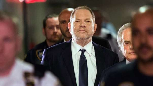 Harvey Weinstein es acusado de agresión sexual.