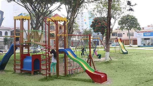 Municipalidades deben brindar servicios en los espacios públicos.