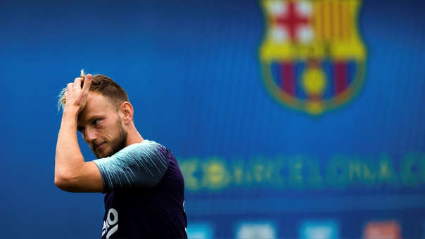 Rakitic saldría de Barcelona para fichar por Juventus.