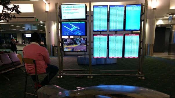 Peculiar escena en un aeropuerto de Estados Unidos.