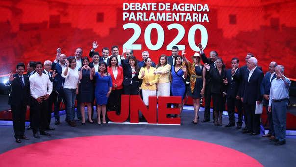 JNE organizó el debate electoral.