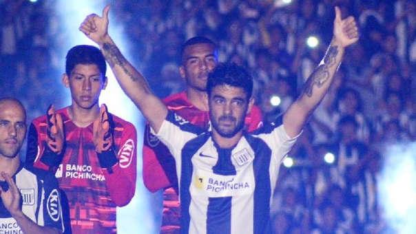 Luis Aguiar fue el más aplaudido en la Noche Blanquiazul 2020.