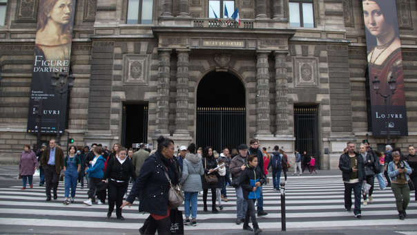 Reportan primeros casos de coronavirus en Francia.