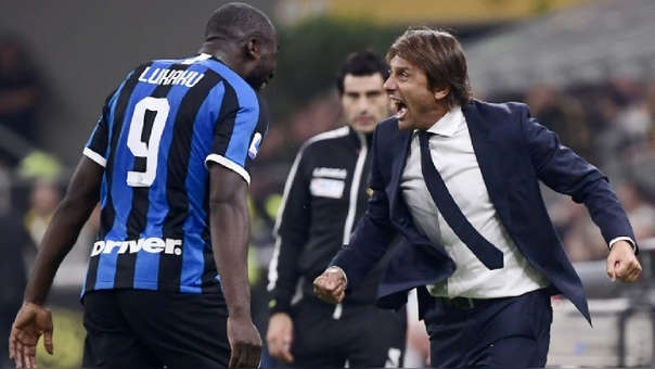 Romelu Lukaku es el goleador del Inter de Milán que dirige Antonio Conte.