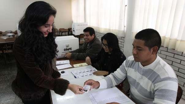 Las elecciones congresales se realizan este domingo.