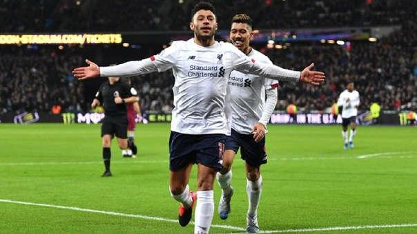 Oxlade Chamberlain concretó el segundo gol del Liverpool ante el West Ham.