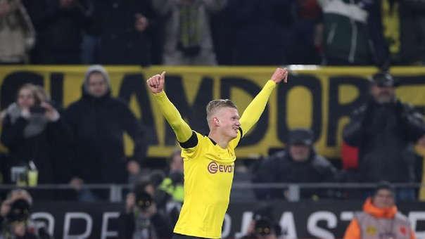 Erling Haaland anotó por tercer partido consecutivo con Borussia Dortmund.