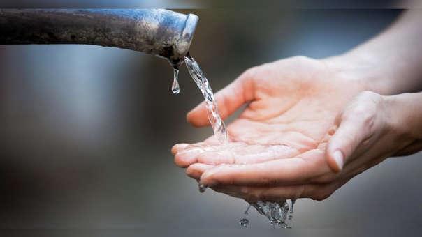 El consumo humano de agua representa el 52% del total.