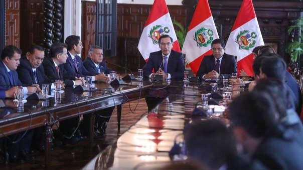 El presidente Vizcarra se reunió con bancadas como la de APP.