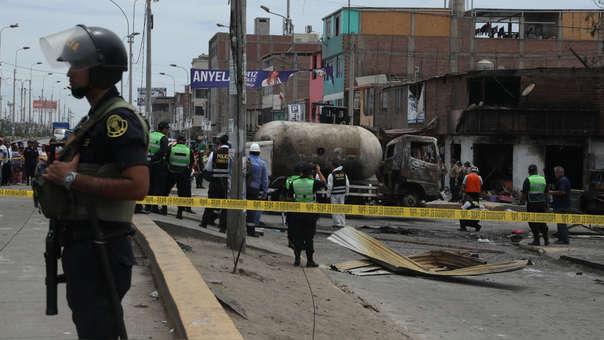 La explosión en Villa El Salvador ha dejado más de 20 muertos.