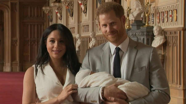 La pareja apareció en La Cumbre de Inversión Alternativa tras dejar a la Familia Real.