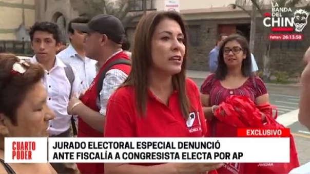 Mónica Elizabeth Saavedra Ocharán
