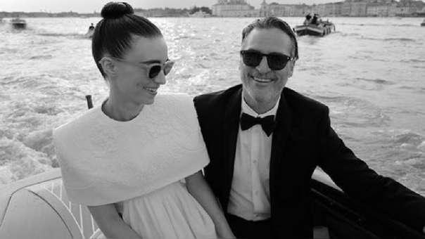 Joaquín Phoenix y Rooney Mara