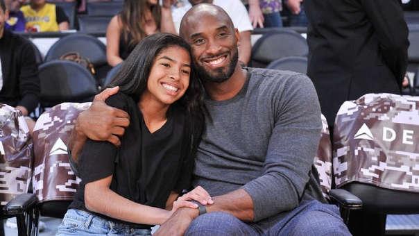 Kobe Bryant falleció en un accidente de helicóptero junto a su hija Gianna.