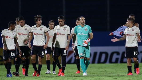Universitario perdió 1-0 ante Cerro Porteño en Paraguay.