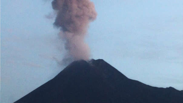 INDONESIA-VOLCÁN