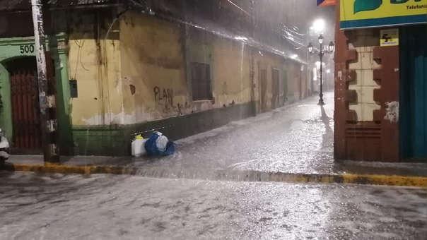Inusuales lluvias afectan a varios distritos en Puno.