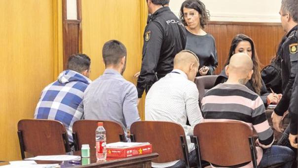 Cuatro acusados